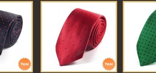 gri-takim-elbise-siyah-noktali-kravat-kombin